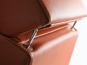 BERLIN manual headrest orange back rgb web 300x224 - Moovia® Butaca Berlin